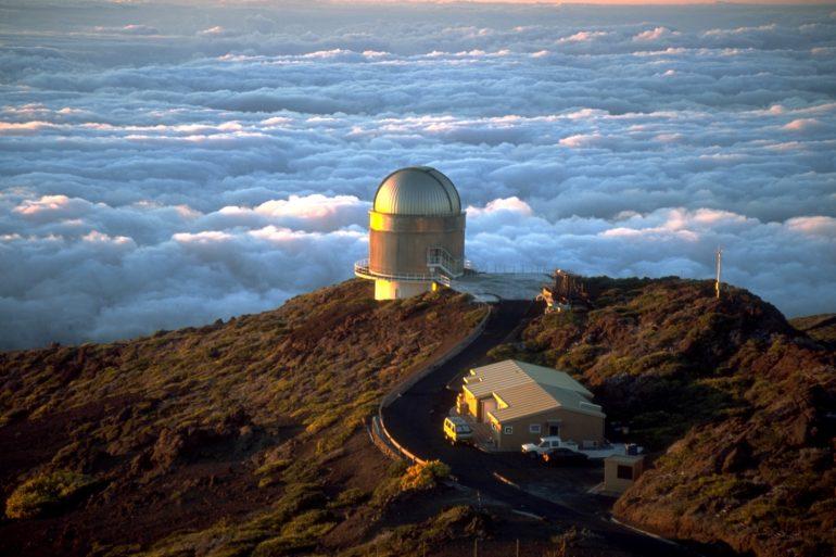 Neighbours of El Roque de los Muchachos: Nordic Optical Telescope (NOT)
