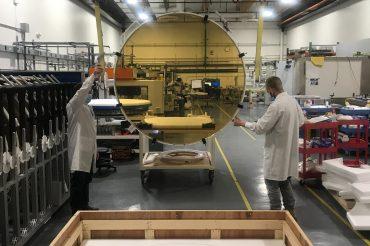 Los primeros discos pulidos fabricados por Coherent para el espejo primario del TMT han sido enviados con éxito a un almacén en California